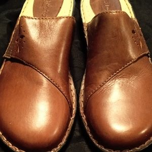 Brown's Landing shoes